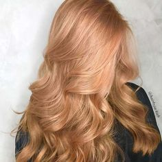 23 most beautiful strawberry blonde hair color ideas – Frisurenx.site 23 most beautiful strawberry blonde hair color ideas – Frisurenx. Gorgeous Hair Color, Cool Hair Color, Blonde Beauty, Hair Beauty, Blonde Hair Makeup, Beauty Nails, Strawberry Blonde Hair Color, Stawberry Blonde, Ginger Blonde Hair