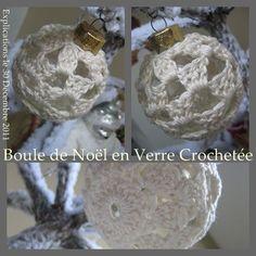 En attendant de fêter les rois bientôt... profitons encore un peu des décorations de Noël dans le sapin... Une boule de verre pour laquelle nous allons faire un joli écrin de coton au crochet... Pourquoi pas ? Fournitures : crochet N° 3,5, une boule en...
