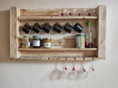DIY cool for the kitchen -with pallet