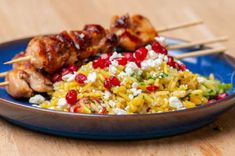 Mads' quick and easy crowd-pleaser is perfect for a family get-together. Workwear Trousers, Vegetable Rice, Skinless Chicken Thighs, Chicken Rice, Large Bowl, Fried Rice, Crowd, Fries, Arroz Con Pollo