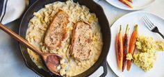 Apple-Brandied Pork Chops with Smashed Potatoes. A quick & easy dinner that's a true crowd pleaser! Pork Brisket, Cooking Pork Tenderloin, How To Cook Brisket, Pork Chops, Cooking Panda, Cooking Turkey, Cooking Rice, Pulled Pork Recipes, Ground Beef Recipes