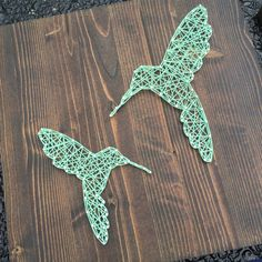 Know any bird lovers? Maybe youre one of them! This hummingbird sign is a simple…