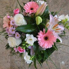 We fell in with this . Flowers Delivered, Gerbera, Floral Wreath, Bouquet, Wreaths, Fall, Instagram Posts, Decor, Autumn