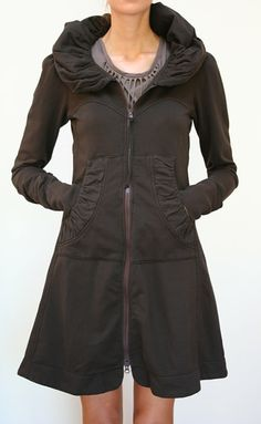 Love this coat. I dislike thinking about coats in the summer but this one would be cute for fall and winter!