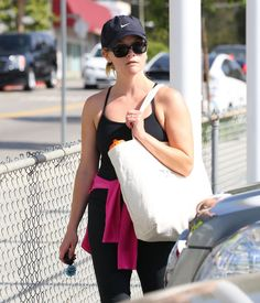 Reese Witherspoon at the gym in Brentwood, May 2013.