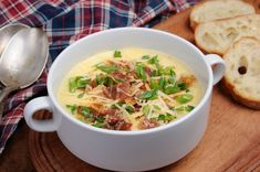 Evaporated Milk Potato Soup - Just like loaded potato skins, but in a hearty and warming soup. The potato soup base is incredibly creamy and the classic sprinkling of bacon and green onions finishes the job. Beef Soup Recipes, Milk Recipes, Cooking Recipes, Loaded Baked Potato Soup, Twice Baked Potatoes, Comfort Food, Soup And Sandwich, Gazpacho, Cheese Soup