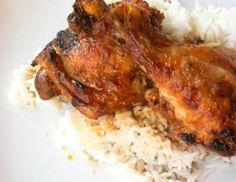 A galinha á moda de Loulé é uma forma diferente de cozinhar uma galinha.Prato de galinha servido com um arroz carnes diversas.