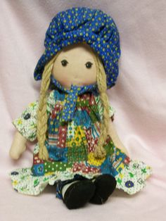 I had a Holly Hobbie doll that looked just like this. Wow.......does this bring back memories!!