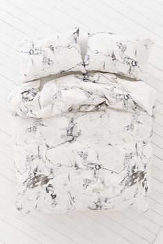 Slide View: 2: Assembly Home Marble Duvet Cover