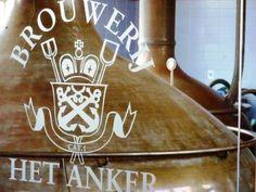O lar da incrível cerveja Gouden Carolus O autor deste artigo esteve na Bélgica a convite da Buena Beer Importadora. A próxima parada da delegação
