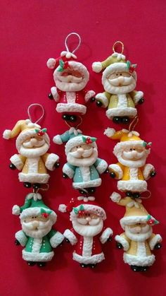 Clay Santa Ornament Idea Polymer Clay Ornaments, Polymer Clay Figures, Fimo Clay, Polymer Clay Projects, Polymer Clay Creations, Noel Christmas, Diy Christmas Ornaments, Christmas Decorations, Polymer Clay Christmas