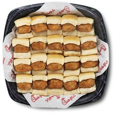 Chick-n-Minis Tray - Bite-sized Tray of Chick-fil-A® Nuggets nestled in warm, mouth-watering mini yeast rolls that are lightly coated with honey butter spread. I Love Food, A Food, Good Food, Food And Drink, Yummy Food, Party Food Platters, Party Trays, Chicken Minis, La Chicken