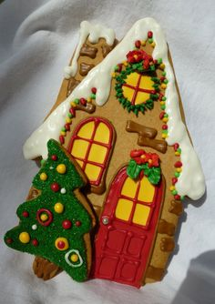 Gingerbread house, Christmas tree decorated cookies