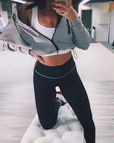 Let&Apos;S get fit in 2019 fall workout outfits, workout attire, fitness fa Fall Workout Outfits, Workout Attire, Workout Wear, Nike Workout, Workout Tips, Weekly Workout Routines, Gym Tips, Gym Routine, Workout Pants