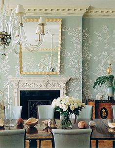 Thad Hayes room with Gracie wallpaper - Habitually Chic®: Chinoiserie Chic … Chinoiserie Wallpaper, Chinoiserie Chic, Wallpaper Murals, Chinoiserie Fabric, Wallpaper Ideas, Wall Murals, Wall Art, Home Interior, Interior Design Living Room