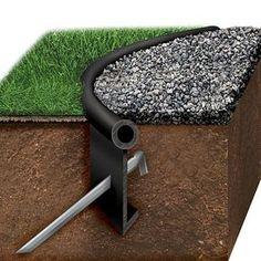Las borduras de plástico para profesionales son una solución económica para limitar jardines, huertos, parterres o caminos. Fácil instalación y resistentes.
