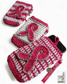 PINK RIBBON: Join the fight against breast cancer and crochet a phone case. By Handwerkjuffie.