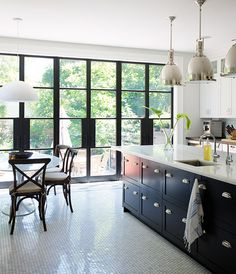 14 Bistro And Restaurant-Style Kitchens | House & Home | Page 3