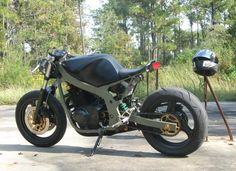 Streetfighter Motorcycle Forum and shop for all owners of Streetfighters Suzuki Cafe Racer, Gs 500 Cafe Racer, Cafe Racer Build, Street Fighter Motorcycle, Scrambler Motorcycle, Motorcycle Art, Bobber, Gs500, Cafe Racing