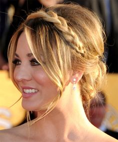Bohemian inspired updo with a lose braid on Kailey Cuoco with a gorgeous smokey eye so pretty!