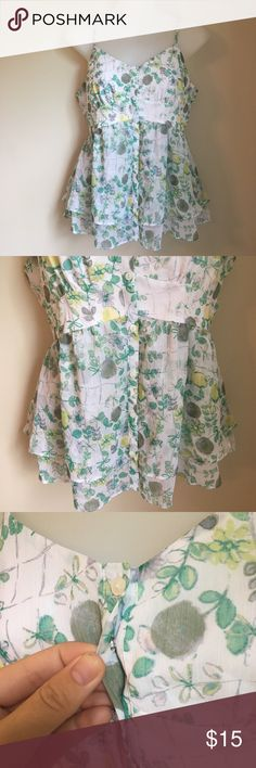 Fruity Tank🍈 Super sophisticated and frilly tank with buttons and clasps... in perfect condition! new with tags, but the tag has been accidentally chewed on by my puppy😂 true to an xsmall but modeled on a small. Comment below with questions! Offers always welcome as well💚 LC Lauren Conrad Tops Tank Tops