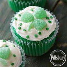 Lucky Clover Cupcakes from Pillsbury® Baking