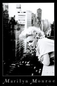 Marilyn Monroe Movie (On Balcony)