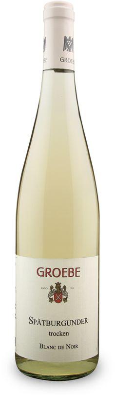 Spritzig, unkompliziert und fruchtig - der #Spätburgunder Blanc de Noir aus vollreifen Trauben verkörpert unkomplizierten Trinkgenuss mit feiner Spätburgunder-Frucht! Ein leckerer #Weißwein für den täglichen Genuss, jetzt bestellen unter: http://www.vicampo.de/kf-groebe-spaetburgunder-blanc-de-noir-trocken.html - ab 12 Flaschen versandkostenfrei!