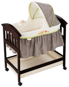 Summer Infant Fox & Friends Classic Comfort Wood Bassinet - Espresso Stain 139.99