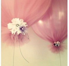 perfect for a bridal or baby shower, balloons that don't look cheesy!
