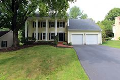 Montgomery County, Gaithersburg, Germantown Homes for Sale, 9932 DELLCASTLE ROAD, MONTGOMERY VILLAGE, MARYLAND 20886.