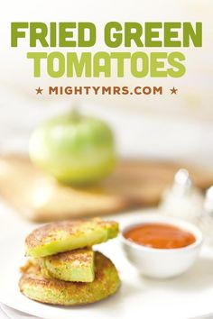 Fried Green Tomatoes is a classic southern recipe that's easy to pull off at home. Enjoy these as an appetizer or a snack with friends while you watch the movie. These are also amazing on sandwiches or burgesr!! Pan fry green tomatoes in a light amount of oil or you can try them in the air fryer or the oven for a healthier option. These fried green tomatoes are best made using fresh green tomatoes from the garden. Serve with ranch dressing and marinara sauce. Easy and delicious! Easy Appetizer Recipes, Dinner Recipes, Appetizers, Drink Recipes, Yummy Recipes, Vegetarian Recipes, Side Dish Recipes, Side Dishes, Italian Spices