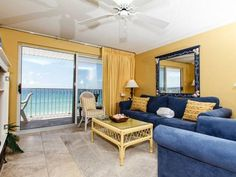 The Palms 502 Fort Walton Beach (Florida) Situated 1.9 km from Jet Stadium in Fort Walton Beach, this air-conditioned apartment features a balcony with sea views. This apartment provides an outdoor pool and free WiFi.  A dishwasher and an oven can be found in the kitchen.
