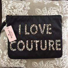 Large Juicy Wristlet New with tags Adorable Juicy Couture Wristlet!! Juicy Couture Bags Clutches & Wristlets