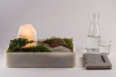 Vasinho de luz Ele se chama Mökki e foi criado pela designer Caterina Moretti do estúdio mexicano PECA