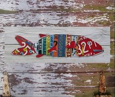 Items similar to License Plate Art - Beach One Fish Two Fish Red Fish - Nautical Awesome Blue Recycled Art Company - Salvaged Wood - Upcycled Artwork on Etsy License Plate Crafts, Old License Plates, License Plate Art, One Fish Two Fish, Red Fish, Fish Fish, Art Plage, 3 D, Found Object Art