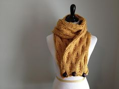 Cables and Puffs Scarf | Craftsy