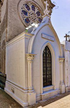 Buenos Aires, Recoleta Cemetery, López Vida