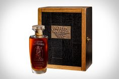 Old Rip Van Winkle 25 Year Old Bourbon Whiskey takes generations of distilling know-how to produce. Only the most careful and expensive distilling method can be used to create a whiskey as special as this one. Scotch Whiskey, Bourbon Whiskey, Whiskey Drinks, Rip Van Winkle Bourbon, Crown Royal Drinks, Small Batch Bourbon, Peach Drinks, Alcohol Dispenser, Bourbon Barrel