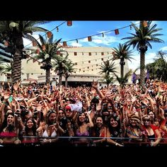 Kaskade @ Marquee Las Vegas Dayclub... Been there many times and have sen him live in Vegas over 30 times!!!! Best DJ in the world!!!!!!