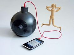 Parlante USB stereo, funciona también con pilas o conectado a 220w con adaptador ($25). Para celular, mp3, PC y Mac. Incluye cable de audio y cable USB. $199 (pesos argentinos)