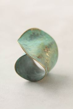 Aged Leaf Ring from anthropologie