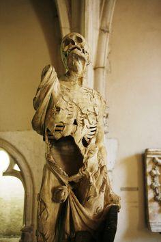 Écorché sculpture by Ligier Richier, Dijon Museum of Fine Arts, France Cemetery Statues, Cemetery Art, Vanitas, Museum Of Fine Arts, Art Museum, Dijon France, La Danse Macabre, Kunsthistorisches Museum, Bild Tattoos