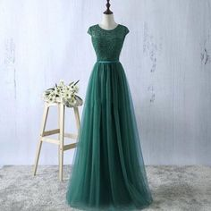 Cheap evening dress, Buy Quality green evening dress directly from China robe de soiree Suppliers: YIDINGZS Green Evening Dress 2018 New Arrive Lace Tulle A-line Formal Longo Robe De Soiree Party Dress Real Simple Simple Formal Dresses, Formal Evening Dresses, Evening Gowns, Evening Party, Dress Formal, Tulle Prom Dress, Prom Party Dresses, Prom Gowns, Wedding Gowns