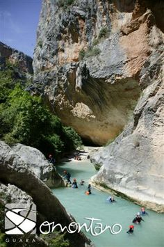 Sierra de Guara: Cañón del Río Vero Aragon, Places To Travel, Places To See, Wonderful Places, Beautiful Places, Places In Spain, Beautiful Sites, Spain And Portugal, Roadtrip