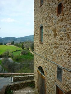 La Leccia, a medieval hamlet in Maremma Tuscany that packs a punch in history, legends and miracles.