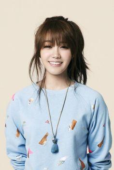 [UPDATE] A Pink's Eunji in talks to play female lead in 'Trot Lovers' | allkpop.com