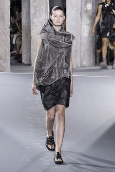 Visions of the Future: Rick Owens | Spring 2016 | Look 25