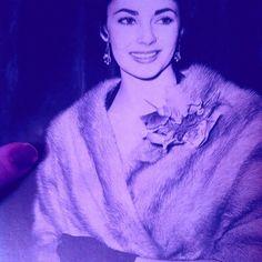 #ElizabethTaylor #oldHollywood #vintage #oldschool