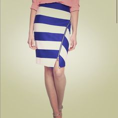 Express Pencil Skirt With Zipper NWT! Express pencil skirt with royal blue and white stripes. Has zipper that runs from top to bottom of skirt. Purchased the skirt for work and never ended up wearing it. No flaws whatsoever. Price is firm. No trades. Express Skirts Pencil